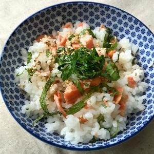 楽天レシピhttps://recipe.rakuten.co.jp/recipe/1160031058/より画像お借りしました